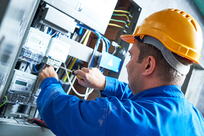 Become An Electrician in Southampton Hampshire