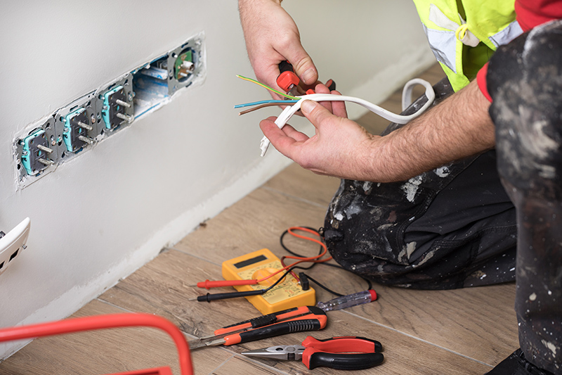 Emergency Electrician in Southampton Hampshire