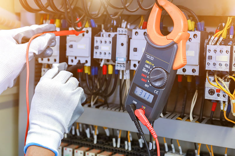 How To Become An Electrician in Southampton Hampshire