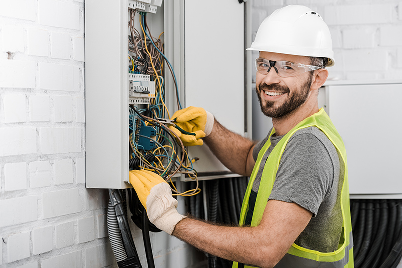 Local Electricians Near Me in Southampton Hampshire